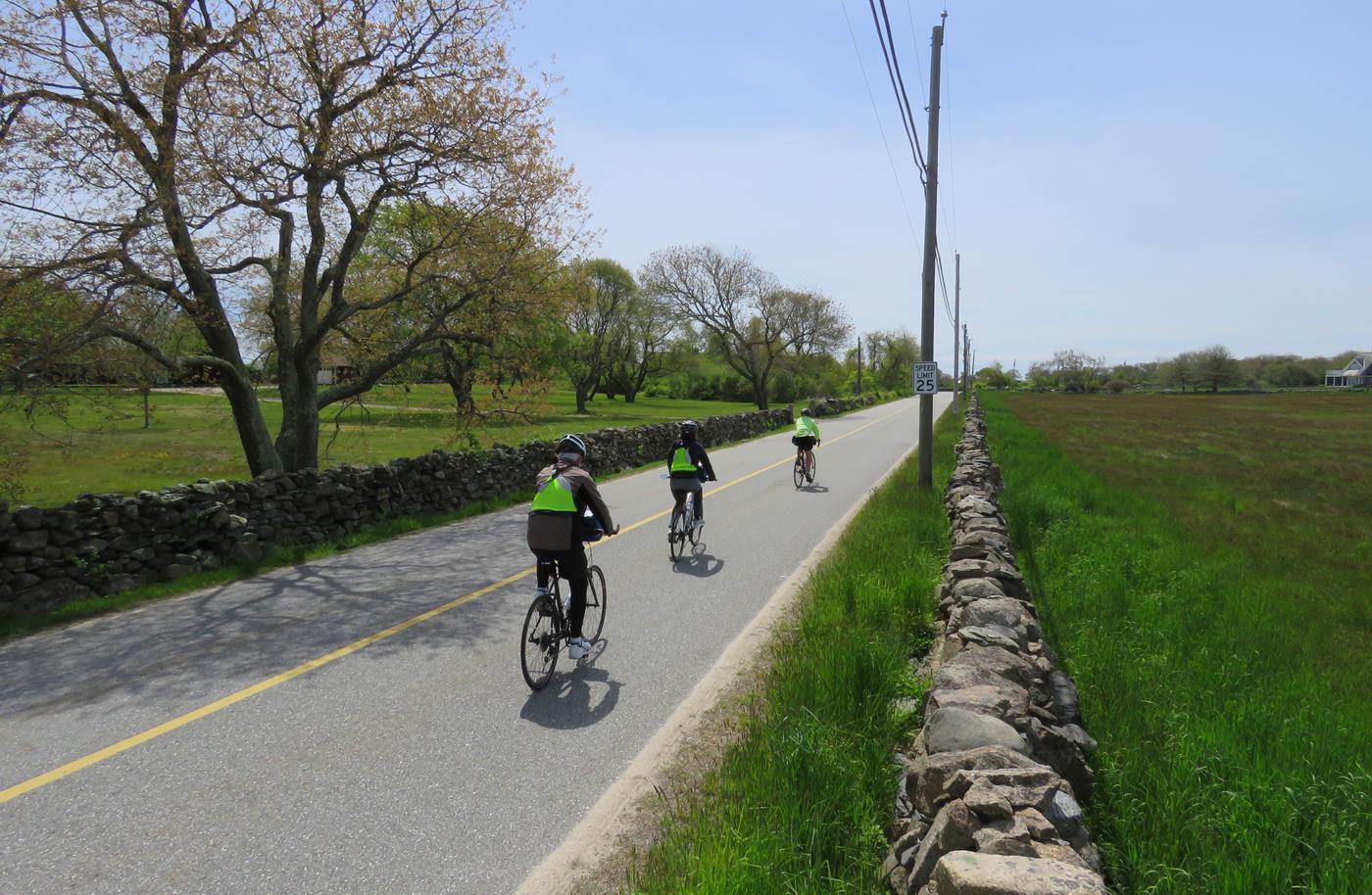 3 coastal new england bike tour
