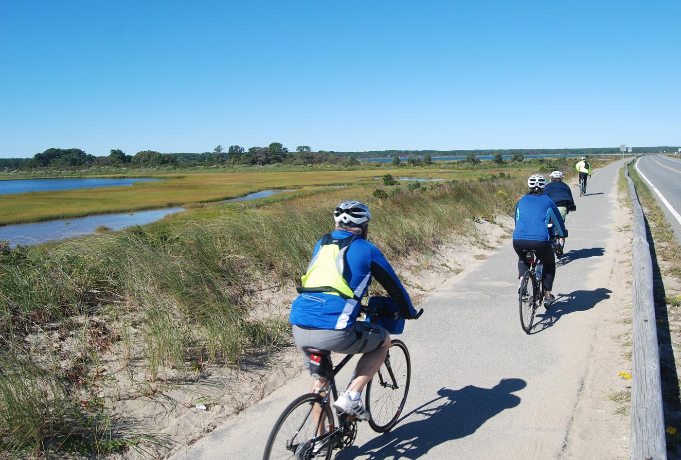 marthas vineyard vacation bike tour 13