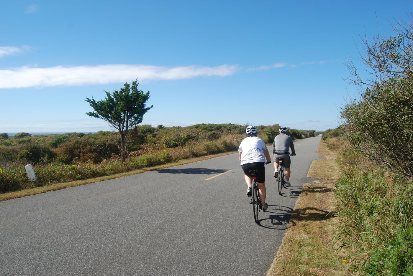 marthas vineyard vacation bike tour 5